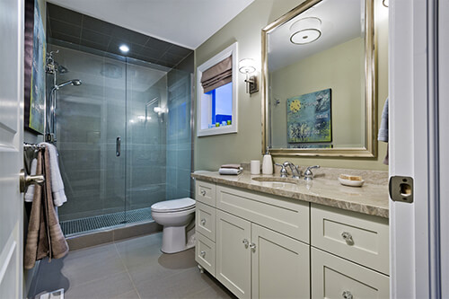 Lora Bay Muskoka Bathroom